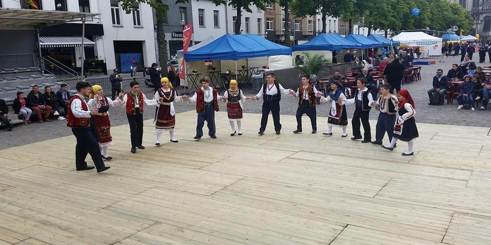 Θρακιώτικοι χοροί και τραγούδια στο κέντρο των Βρυξελλών (video+φωτό)