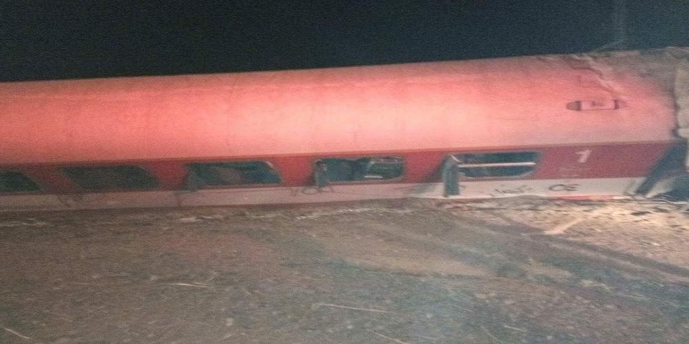 Τέσσερις νεκροί από εκτροχιασμό τρένου στη Θεσσαλονίκη (video+φωτο)