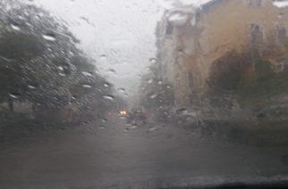 Ισχυρό μπουρίνι έπληξε την Αλεξανδρούπολη και όλο τον Έβρο (video+φωτό)