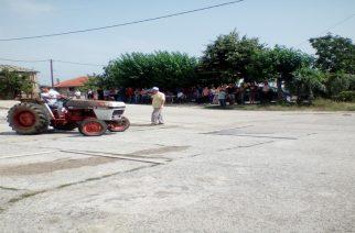 Νέοι αγρότες πήραν διπλώματα τρακτέρ στην Ρούσσα