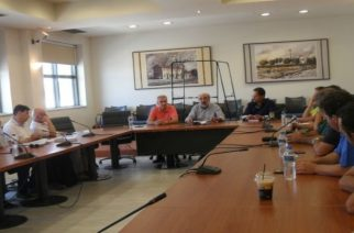 Συνάντηση Λαμπάκη αύριο με καταστηματάρχες καφέ-εστίασης και Εμπορικό Σύλλογο