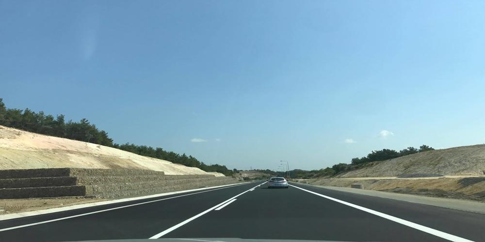 Δόθηκε στην κυκλοφορία ο δρόμος της Λυκόφης. ΄Αντε ΕΤΣΙ και όλος ο κάθετος άξονας!!!(φωτό)