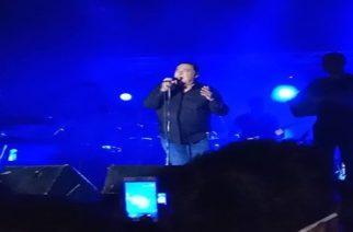 Χαμός με χιλιάδες κόσμου στη συναυλία του Βασίλη Καρρά στο Τυχερό (video)