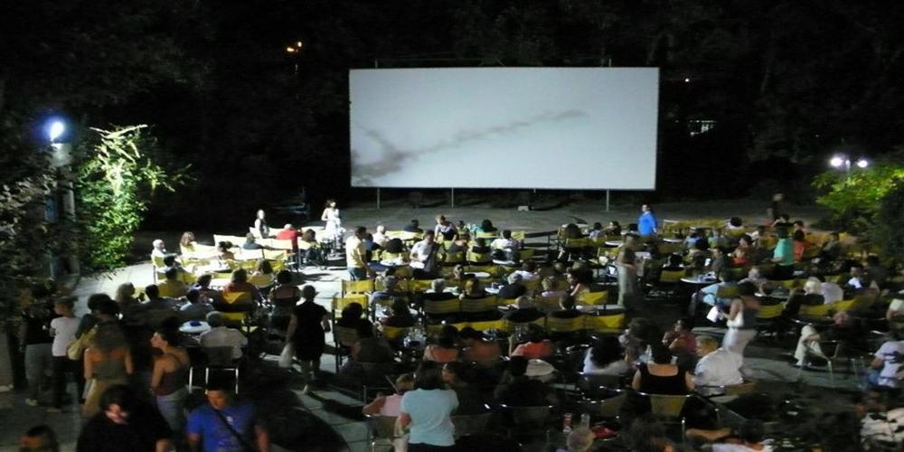 Αλεξανδρούπολη: Προβολές δυο σπουδαίων ταινιών στον Φλοίσβο, παρέα με παγωμένη μπύρα