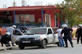 Συμπλοκές με καραμπίνες, ρόπαλα και πέτρες, τραυματισμοί και συλλήψεις