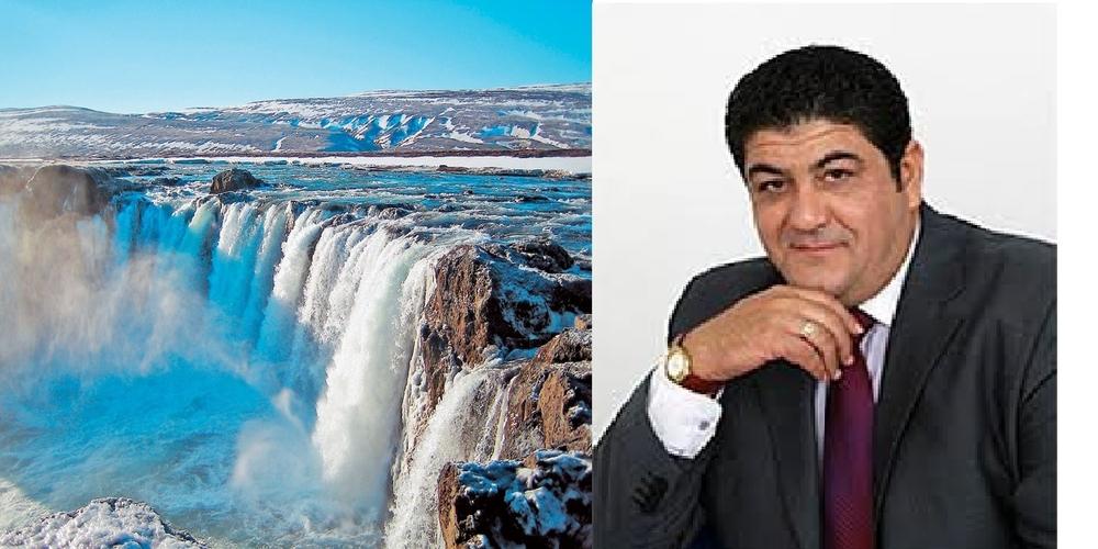 Ακόμα και απ' την… Ισλανδία υπογράφει χρηματικά εντάλματα για το Πολυκοινωνικό ο Πρόεδρος Α.Βαμβακερός