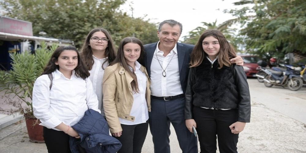 Αλεξανδρούπολη-Θεοδωράκης: Να κάνουμε το θαύμα στην Κεντροαριστερά με 15%