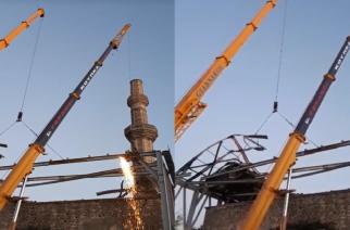 Προχωρούν οι εργασίες απομάκρυνσης της μεταλλικής κατασκευής στο Τέμενος Βαγιαζήτ (video)