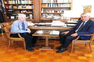 Πρωτοβουλία Δημοσχάκη για συνεργασία Γεωπονικού Πανεπιστημίου Αθηνών και ΔΠΘ για ανάπτυξη της σηροτροφίας