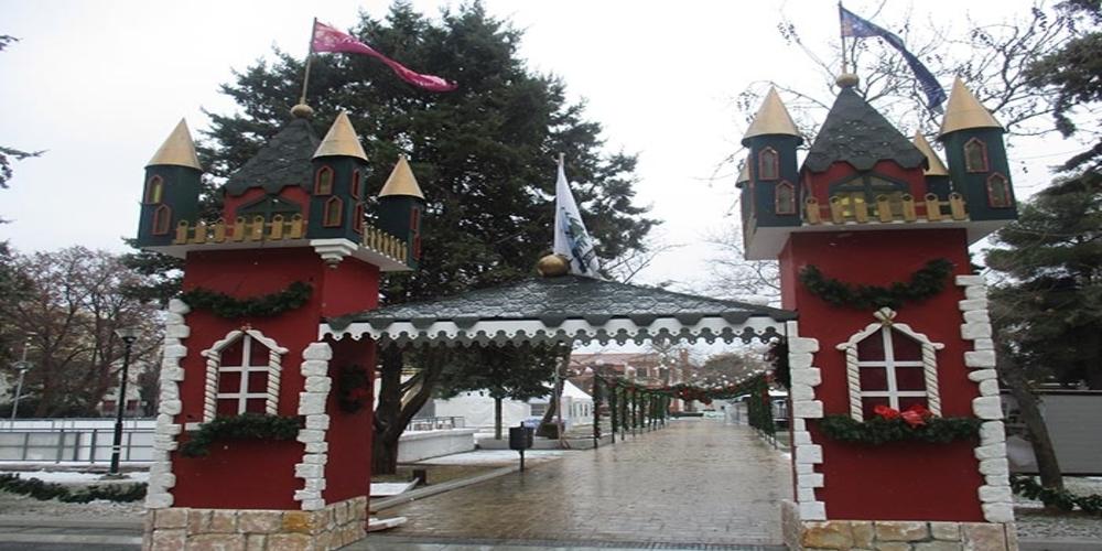 Μπάχαλο έγιναν στον δήμο Αλεξανδρούπολης με το Χριστουγεννιάτικο πάρκο…