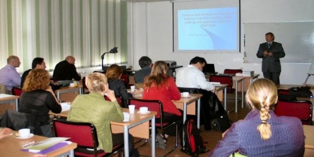 Αλεξανδρούπολη: ΔΩΡΕΑΝ μαθήματα Πληροφορικής στον Μαίστρο και Αγγλικά