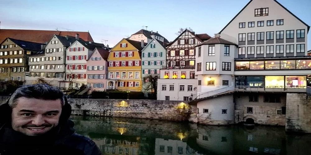 Πέτρος Πολυχρονίδης: Όμορφο το Tubingen που γεννήθηκε η Βανδή, αλλά δεν είναι σαν τη Ν.Βύσσα