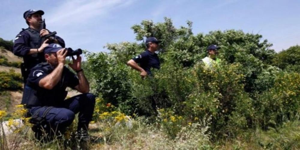 Φέρες: Έφεραν απ' την Τουρκία 15 Πακιστανούς, τους έκρυψαν σε αγροικία, αλλά ο ένας συνελήφθη