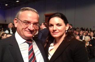 Οι selfie του Στρατηγού με Κυριάκο Μητσοτάκη και Όλγα Κεφαλογιάννη