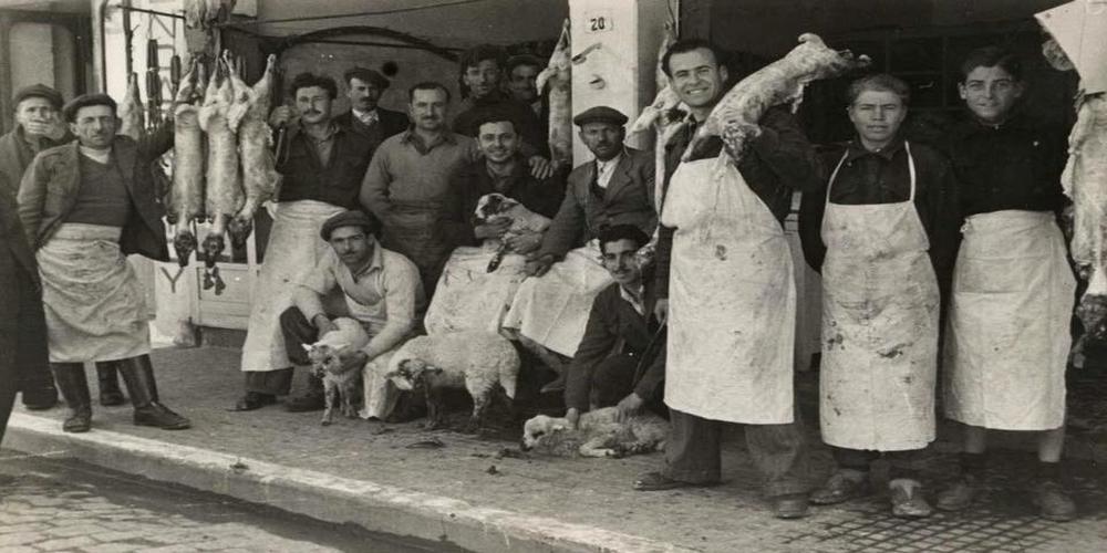 """Ετοιμάζονται για τα """"Μαγκάλια"""" την παραμονή Πρωτοχρονιάς οι καταστηματάρχες της Αλεξανδρούπολης"""