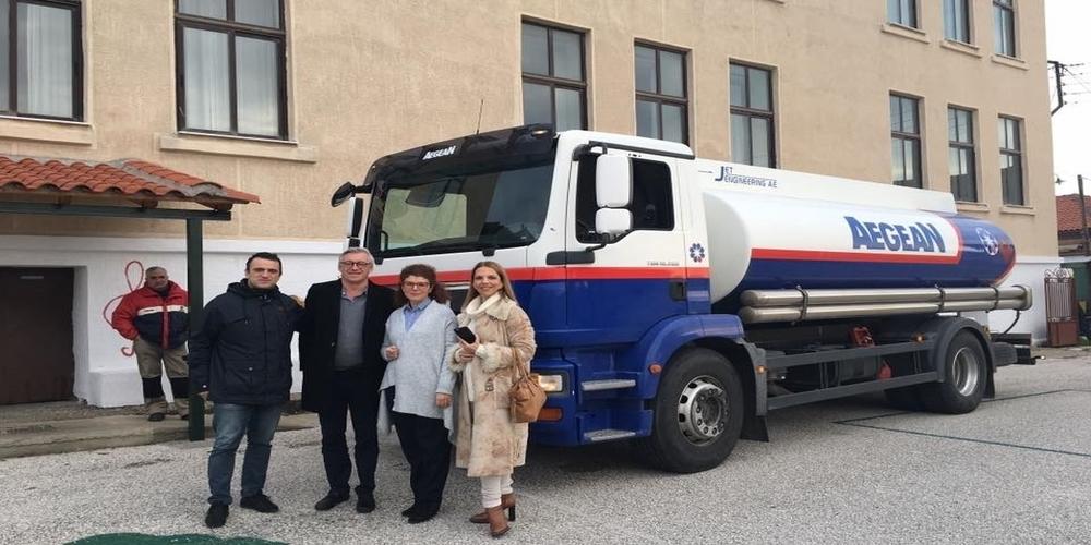 Ο Βέλγος φιλέλληνας Τζίμι Τζαμάρ μοίρασε και φέτος δωρεάν πετρέλαιο σε 6 σχολεία του Έβρου