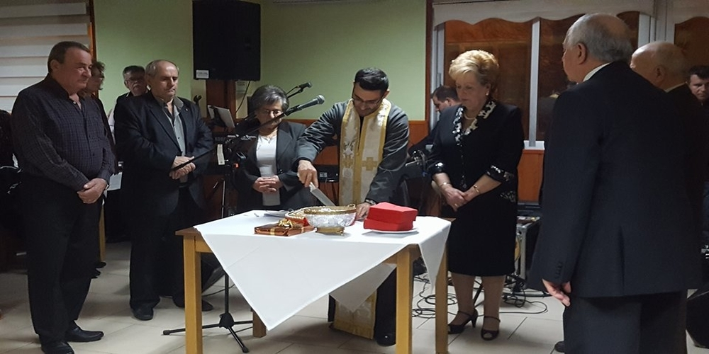 Οι συνταξιούχοι του ΟΑΕΕ στο Διδυμότειχο γλέντησαν κόβοντας την πίτα τους