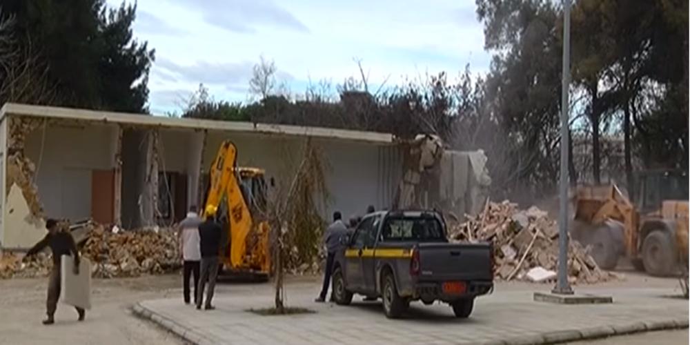 Αλεξανδρούπολη: Κατεδαφίστηκε το κτίριο του πρώην ΕΚΑΒ – Ξεκινά η ανέγερση του Μουσικού Λυκείου