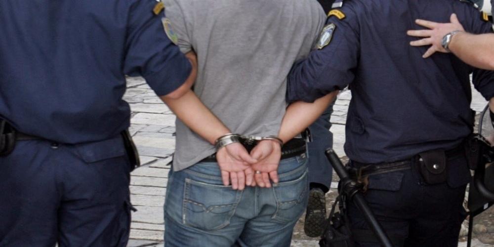 Τρεις συλλήψεις Ελλήνων για κλοπή αυτοκινήτου, ναρκωτικά αλλά και απόπειρες κλοπής ποδηλάτων