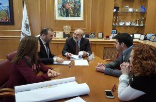Ενημέρωση του δημάρχου Βαγγέλη Λαμπάκη για το οικονομικό περιβάλλον στην Αλεξανδρούπολη το 2017
