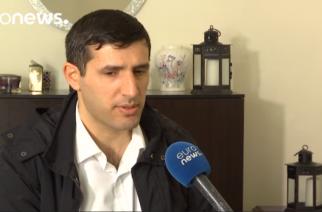 ΠΑΝΗΓΥΡΙΚΗ ΕΠΙΒΕΒΑΙΩΣΗ: Ο Τούρκος αντικαθεστωτικός που σώθηκε απ' το ναυάγιο στον Έβρο, μίλησε στο euronews