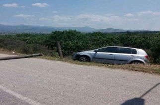 Έβρος: Καταδίωξη δύο διακινητών, συλλήψεις και σοβαρός τραυματισμός αφού τράκαραν σε πινακίδα και κολώνα φωτισμού