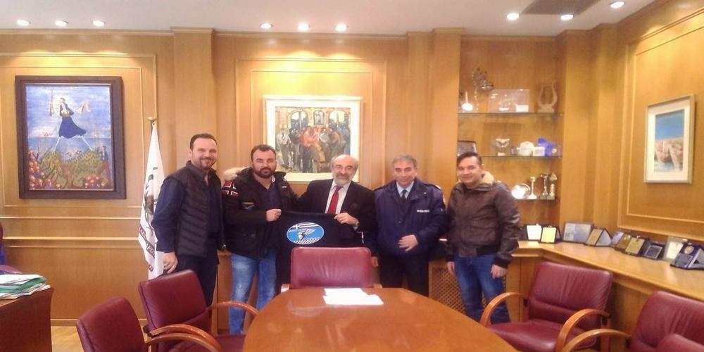 Συνάντηση Δημάρχου Βαγγέλη Λαμπάκη με το Δ.Σ της νεοσύστατης Ένωσης Μοτοσικλετιστών Αλεξανδρούπολης «Οι Αγριάνες»