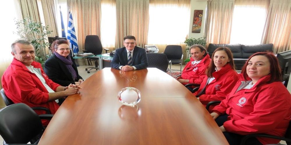 Συνάντηση Πέτροβιτς με μέλη του Παραρτήματος Αλεξανδρούπολης του Ελληνικού Ερυθρού Σταυρού