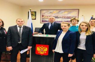 Οι Ρώσοι πολίτες της Αλεξανδρούπολης ψήφισαν στις χθεσινές Προεδρικές εκλογές