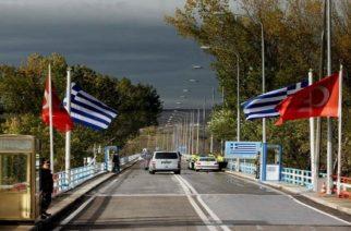 Ώρες αγωνίας για τις οικογένειες των δύο στρατιωτικών. Κουβέλης: Σύντομα επιστρέφουν στην Ελλάδα