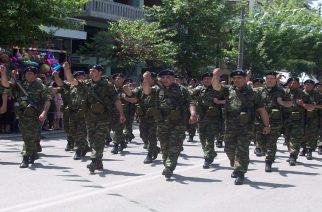 ΑΝΤΙΔΡΑΣΕΙΣ: Ζήτησαν απ' τους Εβρίτες Εθνοφύλακες να παρελάσουν στην Αθήνα χωρίς την ελληνική σημαία στη στολή