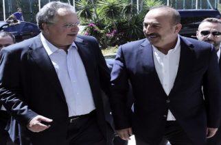 Το θέμα απελευθέρωσης των Ελλήνων στρατιωτικών θα θέσει σήμερα ο Κοτζιάς στον Τσαβούσογλου