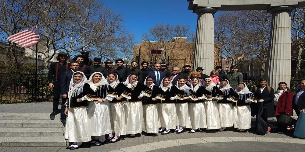 """ΒΙΝΤΕΟ: Αποθέωση για τη Χορευτική Ομάδα Φοιτητών Ορεστιάδας στην """"καρδιά"""" της Νέας Υόρκης"""