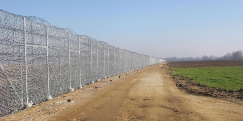 """Άγγελος Στάγκος-""""ΚΑΘΗΜΕΡΙΝΗ"""": """"Γιατί όχι ένας φράχτης στον Εβρο"""";"""