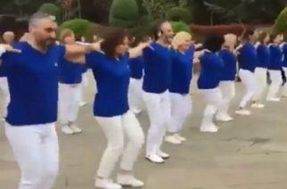 Κωνσταντινούπολη: Το συρτάκι με φωνή Άννας Βίσση και γαλανόλευκες στολές έκανε έξαλλους τους φανατικούς Τούρκους(ΒΙΝΤΕΟ)