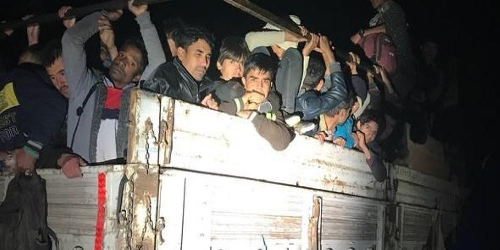 Πρωτοφανή κύματα λαθρομεταναστών στα σύνορα Τουρκίας με Ιράν – Στόχος να έρθουν στον Έβρο