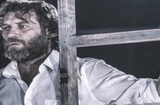Σαρώνει ο κορυφαίος Εβρίτης ηθοποιός Γιάννης Στάνγκογλου. Αγαμέμνονας το καλοκαίρι, Γιούγκερμαν τον χειμώνα