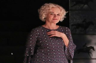 Ύμνοι θεατρικών κριτικών για την συντοπίτισσα μας ηθοποιό Μαρία Κεχαγιόγλου