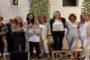 Ο Σύλλογος Γυναικών Νέας Βύσσας τίμησε την δημιουργό του Ρεκόρ Γκίνες πλεξούδας σκόρδου Δήμητρα Αθανάσοβα-Τζορίδου (φωτό)