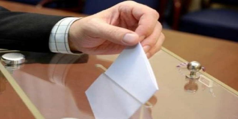 Αλλάζουν ημερομηνία στις δημοτικές εκλογές με τροπολογία. Πάνε για Μάιο μαζί με Ευρωεκλογές