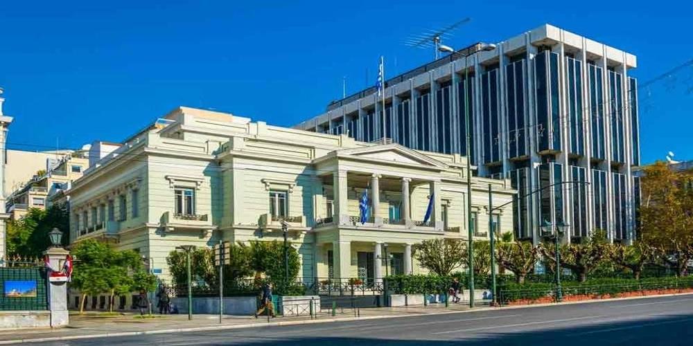ΠΟΛΥ ΣΟΒΑΡΟ: Απελαύνει Ρώσους διπλωμάτες η Ελλάδα. Κατηγορούνται μεταξύ άλλων για απόπειρα χρηματισμού δημάρχων, Μητροπολιτών!!!