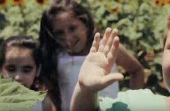 «Μεσόγειος»: Το αντιπολεμικό τραγούδι από την Αλεξανδρούπολη (ΒΙΝΤΕΟ)