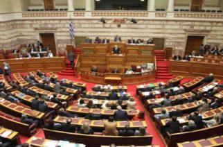 Αυξήσεις έως 80% σε μισθούς στελεχών ΔΕΚΟ η Κυβέρνηση, την ώρα της τραγωδίας