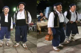 Οι δυο ηλικιωμένοι χορευτές παράδειγμα προς μίμηση του Θρακιώτικου Συλλόγου Ασβεστάδων (ΒΙΝΤΕΟ)