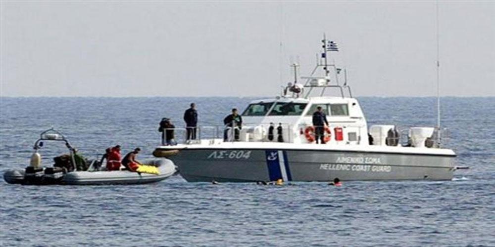 Διάσωση απ' το Λιμενικό 32 αλλοδαπών, που επέβαιναν σε βάρκα νότια της Αλεξανδρούπολης