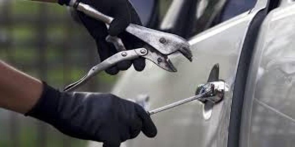 Ορεστιάδα: Στη φάκα 25χρονος που είχε διαρρήξει τρία αυτοκίνητα