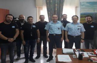 Συνάντηση Διοικητή Τροχαίας με Moto Club Αλεξανδρούπολης για συντονισμό ενημερωτικών δράσεων αναγκαιότητας χρήσης κράνους