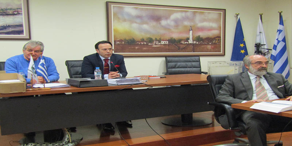 Δήμος Αλεξανδρούπολης: Απ' ευθείας ανάθεση του Λαμπάκη σε δημοτικό του σύμβουλο για προμήθεια καυσόξυλων