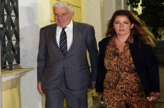 Στην φυλακή για μίζες ο Γιάννος Παπαντωνίου και η σύζυγος του Σ. Κουράκου