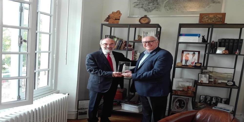 Γαλλία: Επίσκεψη αντιπροσωπείας του Δήμου Αλεξανδρούπολης στον δήμο Le Plessis-Robinson των Παρισίων